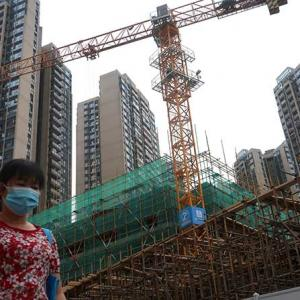 'China will recover faster than many countries'