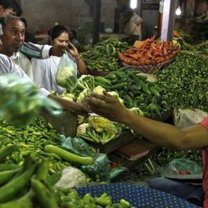 Retail inflation at over 6-year high of 7.61% in Oct