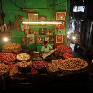 WPI inflation rises 0.16% in Aug on costlier food
