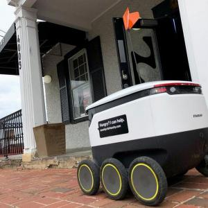 Snapdeal to deliver packages using robots