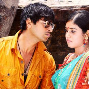 Srikanth's bindass comeback in Drohi