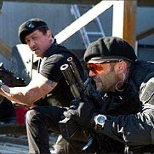 Review: The Expendables is high on muscles, low on IQ