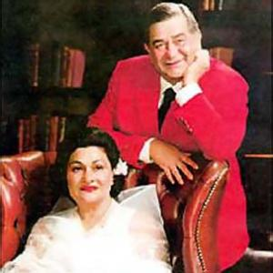 Looking at the GRAND Kapoor Weddings