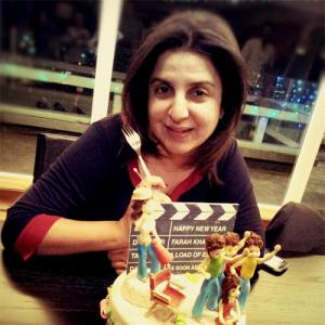 Shah Rukh brings in Farah Khan's birthday