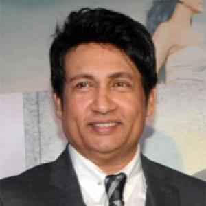 Chat@noon: Connect with Shekhar Suman, right here!
