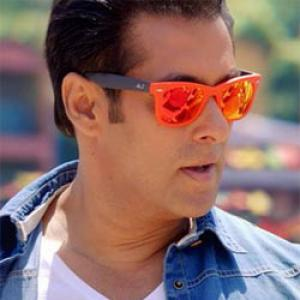 Jai Ho: Cinemas unsure if Salman will enter 2014 with a bang