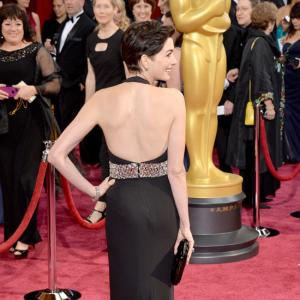 Oscars 2014: Olga Kurylenko, Amy Adams, Naomi Watts on the Red Carpet