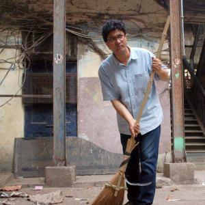 PIX: Now, Prasoon Joshi sweeps the streets