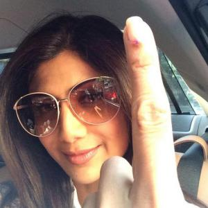 PIX: Shilpa Shetty, Anushka Sharma, Madhavan cast their vote