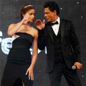 Think Shah Rukh and Alia will make a cute couple? VOTE!