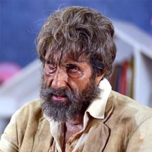 Review: Shamitabh sounds good but has nothing to say