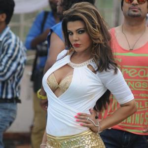 6 Life Lessons from Rakhi Sawant