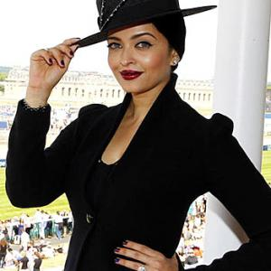 Is this Aishwarya's frumpiest outfit ever?