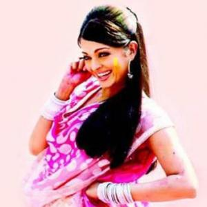 Quiz Time: Which Holi song has been picturised on Aishwarya?