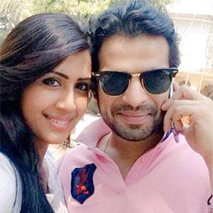 Karan Patel, Ronit Roy, Deepika Singh: TV stars' REEL and REAL spouses!