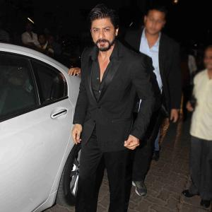PIX: Shah Rukh, Ranveer, KJo party with Deepika