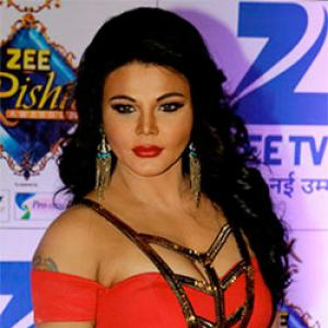 Rakhi Sawant, Sonali Bendre, Gauhar Khan at the Zee Rishtey awards