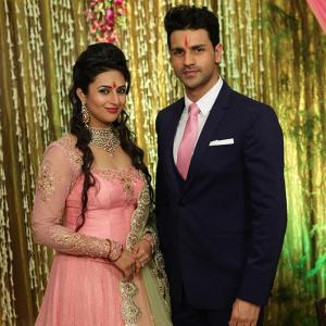PIX: Divyanka Tripathi gets engaged to Vivek Dahiya