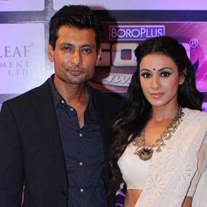 PIX: Indraneil Sengupta, Barkha Bisht at an award function
