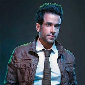 Tusshar Kapoor becomes father to a baby boy