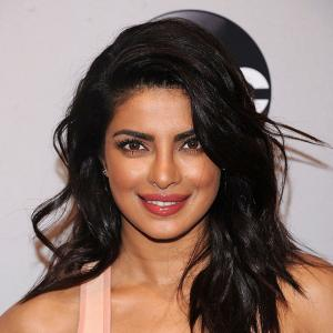 Priyanka chooses Chris Pratt over Salman Khan