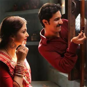 Review: Sarbjit: A shrill, soppy melodrama