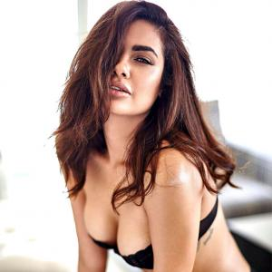 Don your sunnies. Esha Gupta's pix are that hot!