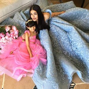 Awww! Adorable pics of Aishwarya and Aaradhya