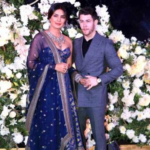 PIX: Gorgeous Priyanka, Nick's Mumbai reception