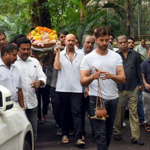 Hrithik Roshan's grandfather J Om Prakash passes away