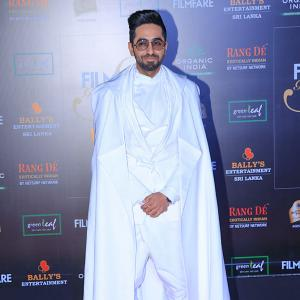 PIX: Like Ayushmann's red carpet look?