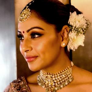 Stunning Bipasha at sister's wedding