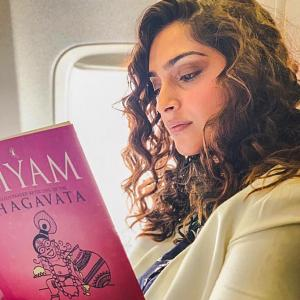 What is Bollywood reading?