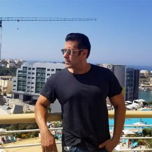 Watch Salman's unusual workout!