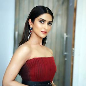 What is Kajol's niece doing in the movies?