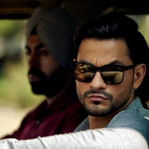Kunal Khemu: I love being Inaaya's father