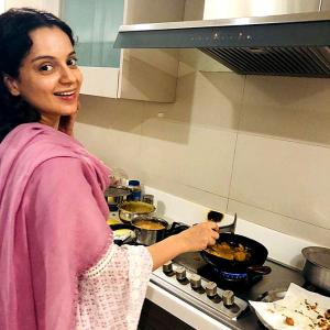 PIX: Kangana celebrates Modi's win, makes pakodas!
