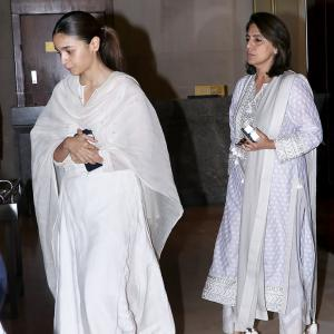 Alia attends prayer meet with Neetu Kapoor