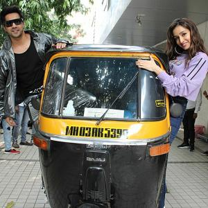 PIX: Shraddha takes an auto ride!