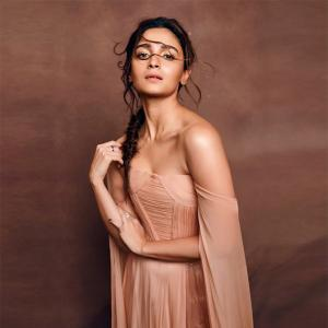 Alia Bhatt turns gangster in her next