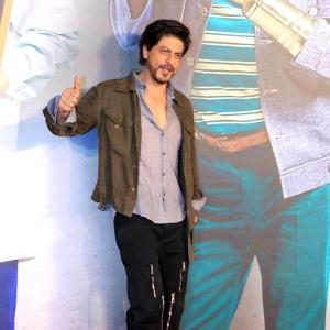 Video: Guess who Shah Rukh's movie date is?