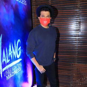 PIX: Anil Kapoor parties with a mask!