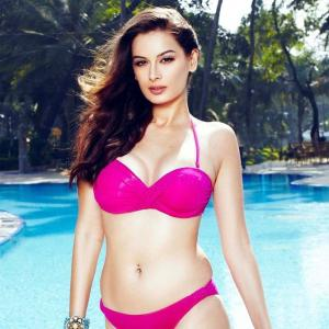 PIX: Evelyn Sharma looks stunning in a bikini