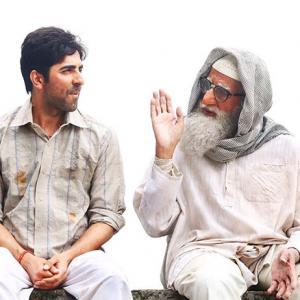 Video: Why is Amitabh arguing with Ayushmann?