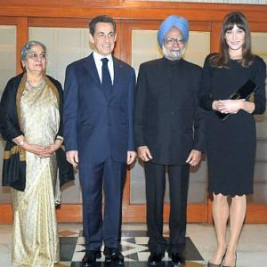 Dr Singh's dinner diplomacy with Sarkozy