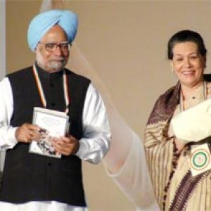 We made CMs resign over corruption, can BJP: Sonia