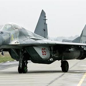 Indian Navy inducts MiG-29K fighter planes