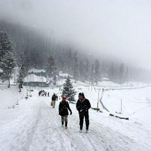 Snowfall in Kashmir brings back smiles