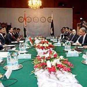 After talks, India, Pak sing familiar tune