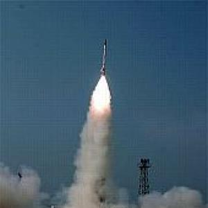 India's missile defence test fails